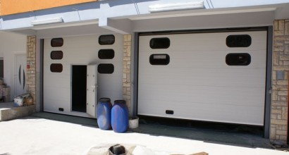 PVC garažna vrata